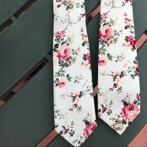 Other - Floral Tie